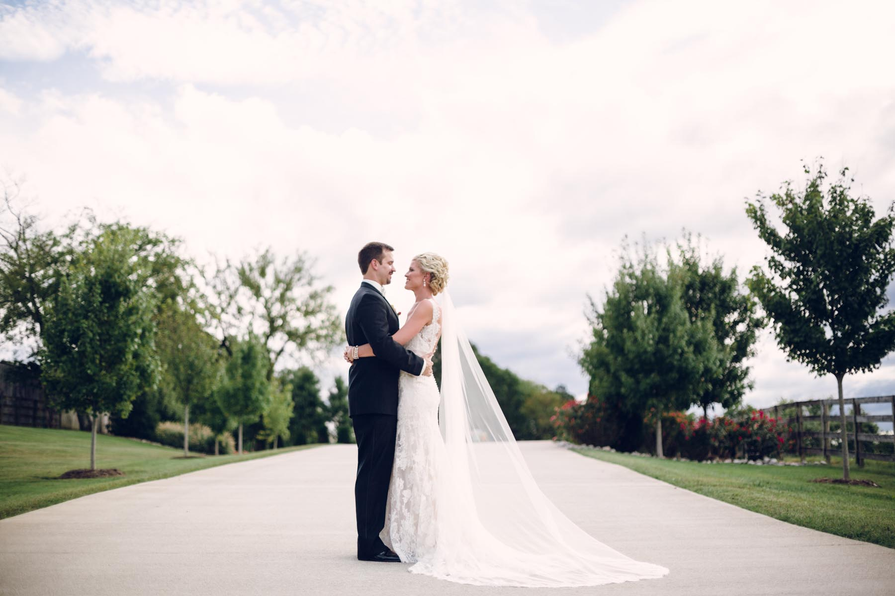 Wedding Dresses in Knoxville Bridal Salons in Knoxville, Knoxville ...