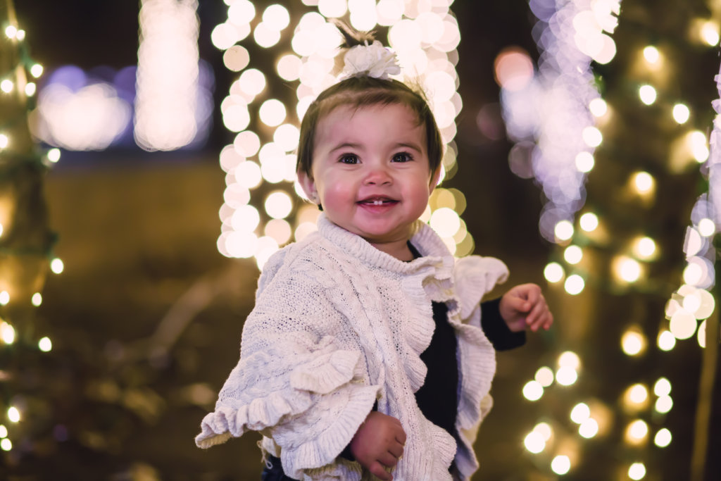 Christmas Mini Session in Downtown Knoxville